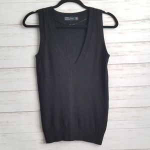 Zara V-neck Sleeveless Sweater